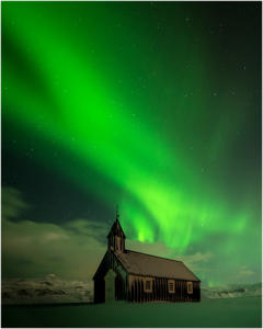 Aurora-over-Budir by Steve Lewis - 13 points - Honourable Mention